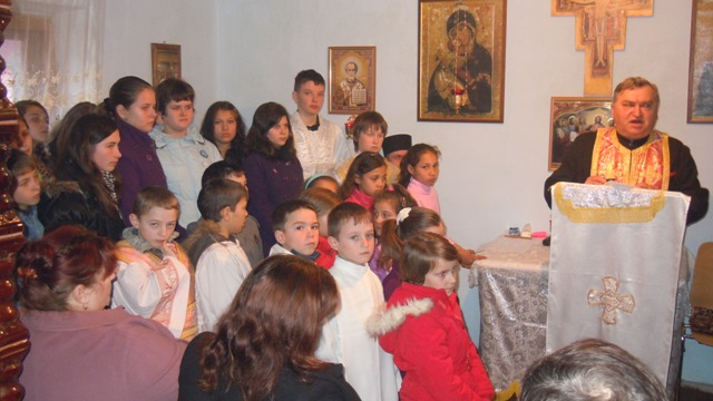 Sarbatoarea mamelor în comunitatea greco-catolica din Poiana (BH),
