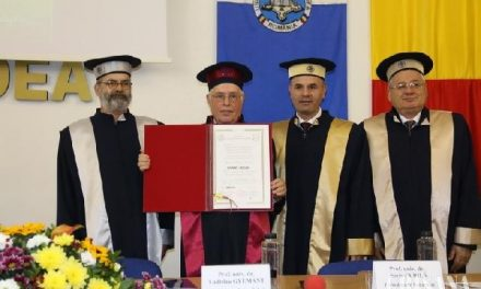 """Ladislau Gyémant, onorat la Universitatea din Oradea – Doctor Honoris Causa"","